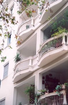 Balconies in Kypseli, Athens, Greece Interesting Buildings, Beautiful Buildings, Beautiful Homes, 2 Storey House, Old Apartments, Paradise On Earth, San Fransisco, Concrete Jungle, Athens Greece