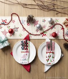 Oh Starry Night : Table Runner Tutorial {Handmade Christmas}