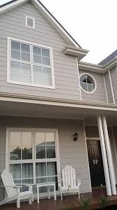 Building a Coastal Home – Husband and wife owner builders building a coastal dream House Exterior Color Schemes, House Paint Exterior, Exterior Colors, Hamptons Style Homes, Hamptons House, Facade Design, Exterior Design, House Design, Facade House