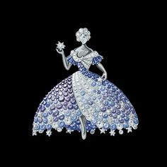 """The Look: moon dress clip from Van Cleef & Arpels' """"Peau d'Âne"""" collection and inspired by Jacques Demy's """"Peau d'Âne"""""""