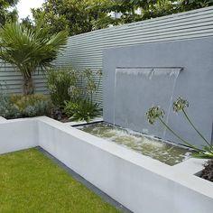 Garden designers Richmond Surrey small city family garden design ideas by The Garden Builder Garden