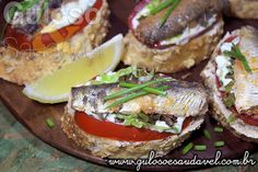 Fiz esta Bruschetta de Sardinha que ficou do jeitinho que vocês gostam: rápida, fácil e deliciosa!  #Receita aqui: http://www.gulosoesaudavel.com.br/2014/04/05/bruschetta-sardinha/