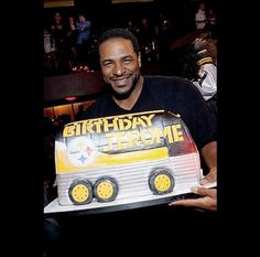 "Jerome ""The Bus"" Bettis birthday cake www.gimmesomesugarLV.com"