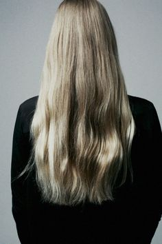 Achieve this look with the help of Remy Clips clip-in Hair Extensions! Visit us today at www.remyclips.com