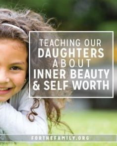 Does your daughter know that she is seen? That she is known? That she is loved? In a world that tells them everything they are NOT, heres how to fill them up with the knowledge of Gods love for them, their inner beauty and true self worth. Parenting Humor, Parenting Advice, Kids And Parenting, Peaceful Parenting, Parenting Styles, Parenting Classes, Gentle Parenting, Raising Daughters, Raising Girls