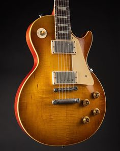 This is how a proper Les Paul should look like! This is how a proper Les Paul should look like! Rare Guitars, Les Paul Guitars, Gibson Guitars, Gibson Lp, Archtop Guitar, Fender Telecaster, Epiphone, Acoustic Guitars, 1959 Gibson Les Paul