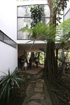 Casa de Vidro - Lina Bo Bardi | Casa de Vidro - São Paulo. P… | Flickr