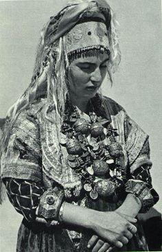 Moroccan Jewish woman.