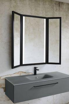 Découvrez le miroir Triptyque, la nouveauté 2019 de Sanijura.  Avec son style industriel, cet élément apportera une touche de moderne à votre salle de bain, en plus d'être pratique avec son format large.  Équipé de 2 bandeaux LED intégrés, son style design fait de lui un must-have dans votre intérieur ! - triptyque de Sanijura  #sanijura #salledebain #bathroom #bathroomfurniture #bathroomgoals #design #deco #decoration #interiorinspiration #interiordesign #decor #home #industriel #miroir Bathroom Mirror Makeover, Bathroom Sink Decor, Bathroom Wall Panels, White Vanity Bathroom, Modern Bathroom Decor, Bathroom Trends, Bathroom Ideas, Bathroom Interior, Bathroom Plants