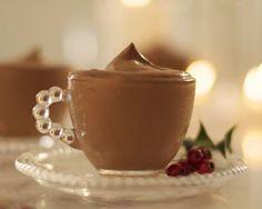 Ingrédients: – 2oeufs – 50 gr de sucre – 350 gr de mascarpone – 100 gr de crème liquide – 30 gr