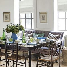 Looking for dining table decoration ideas? Be inspired by these decoration ideas for dining table. from wedding table ideas to dinner parties Dining Sofa, Dining Room Furniture, Dining Room Table, Kitchen Dining, Beautiful Dining Rooms, Dining Room Inspiration, Decoration, Room Decor, Design