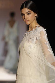 Juana Martín #BarcelonaBridalWeek 2014 runway. Desfile de Juana Martín  en la #BarcelonaBridalWeek 2014 #Bride #Barcelona #Bridal #Fashion http://www.barcelonabridalweek.com/en/