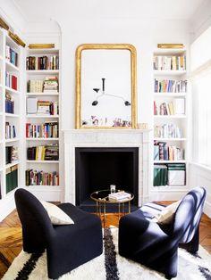 Décorer son manteau de foyer: 10 idées | Les idées de ma maison Photo: ©Domino | Brittany Ambridge Nuart #deco #foyer #manteau #deco #idee