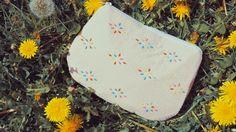 Vixen Vintage: Spring wishes // petit porte monnaie vintage en perles