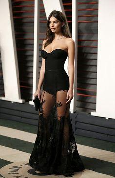 "labias: ""emilyratajkowskifashionstyle: ""Emily Ratajkowski At Vanity Fair Oscar Party In Beverly Hills "" Okay.. Queen """