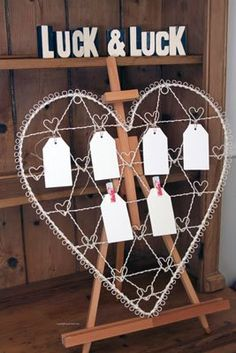 Wedding Table Plan Holder - Cream Metal Vintage Chic Style with Heart Hangers: Amazon.co.uk: Kitchen & Home