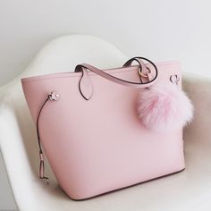 Just Sharing my newest addition Louis Vuitton Neverfull epi in Rose Ballerine.. Sooo pretty!!! Louis Vuitton Bags Totes