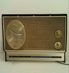 Vintage Sears Silvertone Solid State AM Clock Radio Circa 1950.s Tested Works  #SearsSilvertone