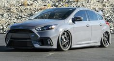 Bagged Ford Focus RS Fails To Impress With Custom Air Suspension And Wheels #Ford #Ford_Focus