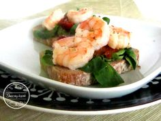 Sandwich with shrimps and dried tomatoes <3