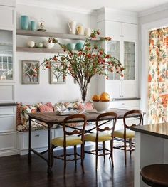Trendy Kitchen Table Built In Bench Seating Ideas Kitchen Table Bench, Kitchen Banquette, Dining Nook, Kitchen Seating, Built In Dining Room Seating, Kitchen Corner, Floor Seating, Diy Table, Kitchen Dining