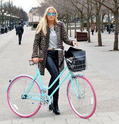 That coat! Petra Tungården //BikeID
