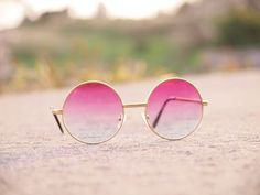 Kanaho's show!: RETRO LENNON INSPIRED ROUND MULTI COLOR RAINBOW LENS SUNGLASSES 9204