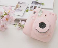 pink,retro,vintage camera