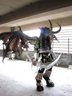 Prince Ingga Uchiha : Illidan from Warcraft in Otaku House Cosplay Idol 2012
