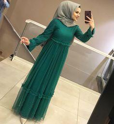 Image may contain: 1 person, standing Kebaya Dress, Dress Pesta, Hijab Dress, Hijab Outfit, Dress Outfits, Fashion Outfits, Abaya Fashion, Muslim Fashion, Iranian Women Fashion