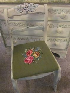 Toni Stamborski found this vintage rose craved chair & painted it with Country Grey Chalk Paint® decorative paint by Annie Sloan