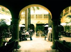 THE ARCH (Cartagena, 2014) #arch #cartagena #colombia #breakfast #tropical #summer #photography #photo #pic #iPhone #iPhone4s #iPhonephotography