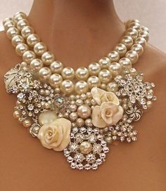 Statement necklace with pearls, roses and bling! If my dress doesn't end up with as much bling as I'd like, this is happening. Bling Bling, Jewelry Accessories, Fashion Accessories, Fashion Jewelry, Nail Fashion, Style Fashion, Pearl And Lace, Pearl Rose, Pearl Diamond