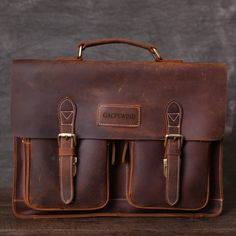 Briefcase For Men, Leather Briefcase, Leather Bag, Vintage Leather Messenger Bag, Messenger Bag Men, Crazy Horse, Leather Working, Leather Handbags, Satchel