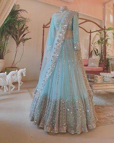 Designer Lehenga Net Lengha Choli Indian Wedding Dress | Etsy Party Wear Indian Dresses, Indian Wedding Gowns, Designer Party Wear Dresses, Indian Gowns Dresses, Indian Bridal Outfits, Party Wear Lehenga, Indian Fashion Dresses, Indian Designer Outfits, Dress Indian Style