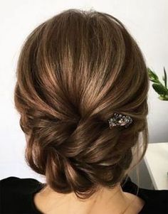 The Most Beautiful Hairstyles Gorgeous Bridal Head and Bun Hairstyles - Bridal Hair – Wedding hairstyles – Evening hairstyles – Top models - Medium Hair Styles, Short Hair Styles, Medium Length Hair Updos, Bridesmaid Hair Medium Length, Bun Styles, Braided Hairstyles For Wedding, Bridesmaid Hairstyles, Bridesmaids Updos, Wedding Bridesmaids