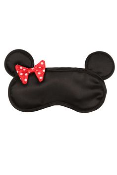Easy on the eye Minnie Mouse eye mask. no longer available from site. pinning for idea to create sleep mask. Disney Diy, Disney Crafts, Diy Eye Mask, Cute Sleep Mask, Sewing Crafts, Sewing Projects, Mask Design, Minnie Mouse, Crochet