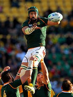 Victor Matfield - He looks good even while playing rugby!!