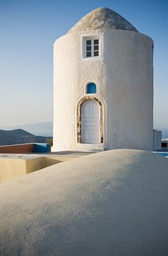 Renovated Windmill in Santorini Island, Greece Santorini Island, Santorini Greece, Mykonos, Cool Places To Visit, Great Places, Beautiful Places, Paros, Travel Around The World, Around The Worlds