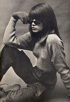 Françoise Hardy was photographed by Helmut Newton 1963
