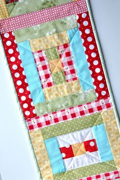 Courthouse Steps Table Runner