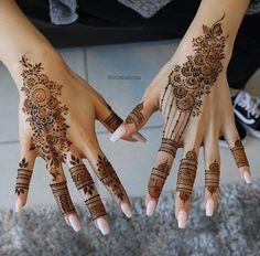 Gorgeous Henna Ideas from Intricate to Elaborate - TattooBlend Henna Hand Designs, Pretty Henna Designs, Mehndi Designs Finger, Wedding Henna Designs, Mehndi Designs For Girls, Mehndi Designs For Beginners, Stylish Mehndi Designs, Mehndi Design Photos, Mehndi Designs For Fingers