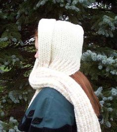 stitch.tac.sew | Crochet Dreamz: Aesthetic Hooded Scarf (Free Crochet Pattern)