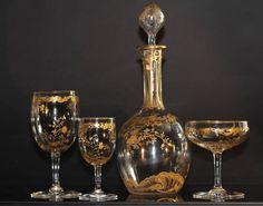 Baccarat, modèle Louis XV, service en en cristal gravé à application d'or