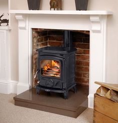 New Living Room Ideas With Fireplace Victorian Wood Burner 19 Ideas - Dream House (Living Rooms,Kitchens & Outdoors) Wood Burner Fireplace, Candles In Fireplace, Paint Fireplace, Faux Fireplace, Fireplace Surrounds, Fireplaces, Fireplace Ideas, Gas Stove Fireplace, Country Fireplace
