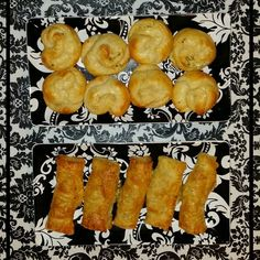 These turned out kind of perfect! #Cheese Rolls: Irish Chedder, Parsley w/ sautéed onion & sage. #cooking #baking #whatsfordinner #damask