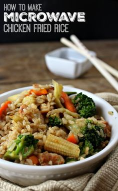 Super simple & yummy microwave chicken fried rice with Minute Rice!!!!  Full Recipe: http://wannabite.com/microwave-chicken-fried-rice/ #MixInMinute #ad