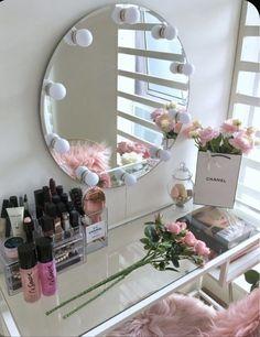 Beauty Room Decor, Makeup Room Decor, Room Ideas Bedroom, Bedroom Decor, Glam Room, Cute Room Decor, Stylish Bedroom, Aesthetic Room Decor, Vanity