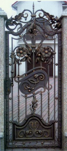 Wrought Iron Door-Wrought Iron Door-WROUGHT IRON PRODUCTS-HEBEI STONEKING SCULPTURE FACTORY-Marble sculpture,Cast Iron Garden Decoration,China Stone Carving
