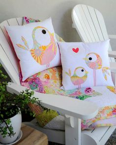 Pip and Ellie Applique Cushion Pattern - make your own gorgeous applique cushions Applique Cushions, Sewing Pillows, Applique Quilts, Bird Applique, Sewing Appliques, Applique Patterns, Applique Designs, Quilt Pattern, Pattern Fabric